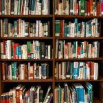 Jak przechowywać książki?